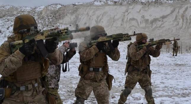 ВСУ выдержали тройное наступление войск России на Донбассе без потерь