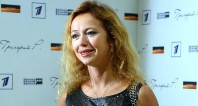 44-летняя Елена Захарова до сих пор кормит двухлетнюю дочь грудью