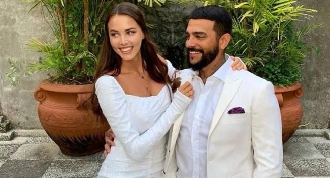 «А невестку специально в таком неприглядном ракурсе выставили?» В сети появилось фото невесты Тимати без обработки: совсем другое лицо