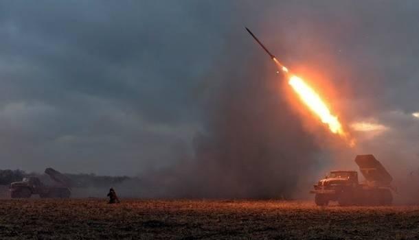 «Сами себя бьют»: Пользователи сообщили о «подставе» НВФ в Донецке для бойцов ВСУ