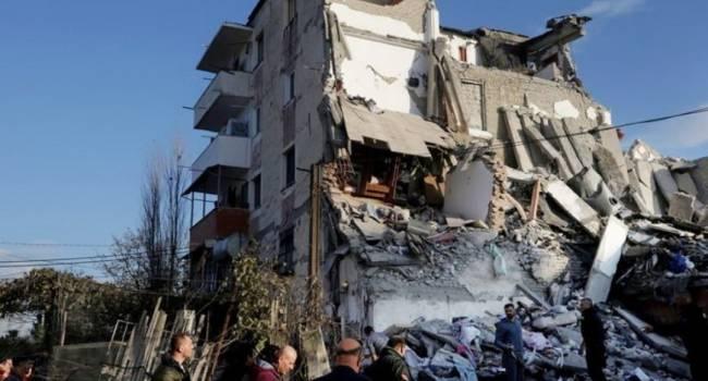 Мощное землетрясение в Турции унесло жизни людей