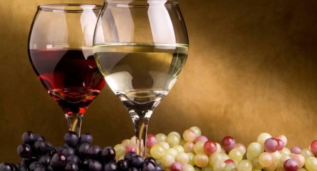 Выбирайте только определенный напиток: эксперты рассказали об опасном веществе в вине