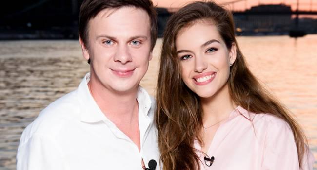 «У нас – приключения»: Дмитрий Комаров рассказал, что его объединяет с молодой супругой