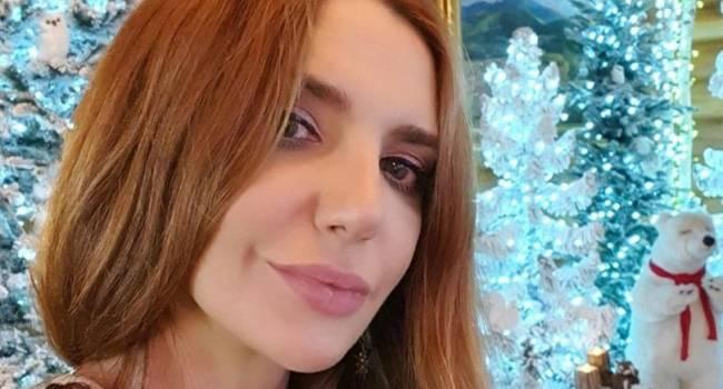 «Какие кадры! Как сексуально»: Оксана Марченко похвасталась стройными ногами в пикантном наряде