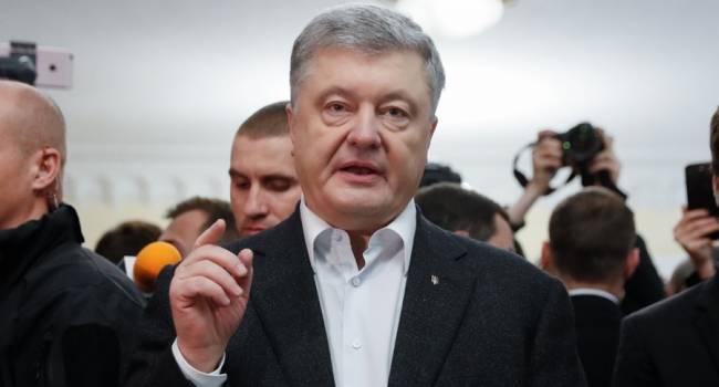 «Выглядел не как президент, а как истеричка»: журналист прокомментировал поведение Порошенко на допросе