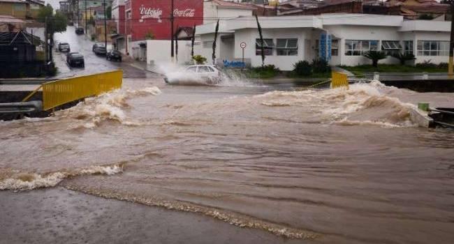 «Потоп в Бразилии»: Проливные дожди унесли жизни 30 человек