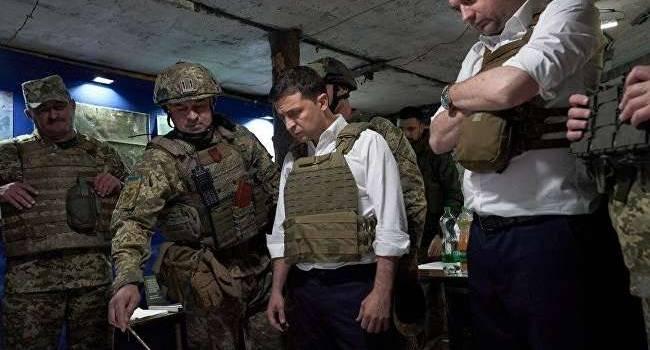 У Зеленского будет расти градус ненависти к армии: Роман Доник рассказал, что вливают в уши президента его советчики