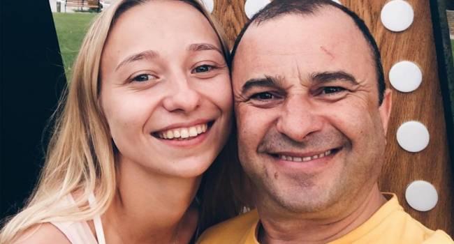 «Галантный жених уже готовится»: Стало известно, когда состоится свадьба Виктора Павлика и его 25-летней возлюбленной