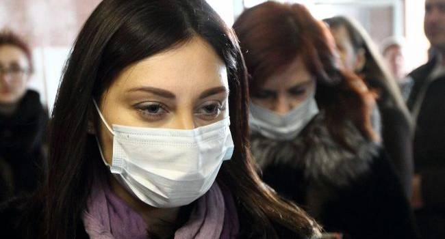 Короновирус в Украине: Медики заявили о не том штамме, что в Китае