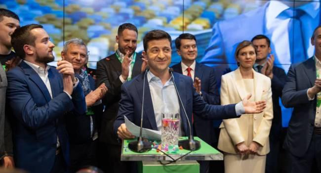 Команда Зеленского хочет провести с Украиной эксперимент, результатом которого станет утрата национальной идентичности и денационализация - мнение