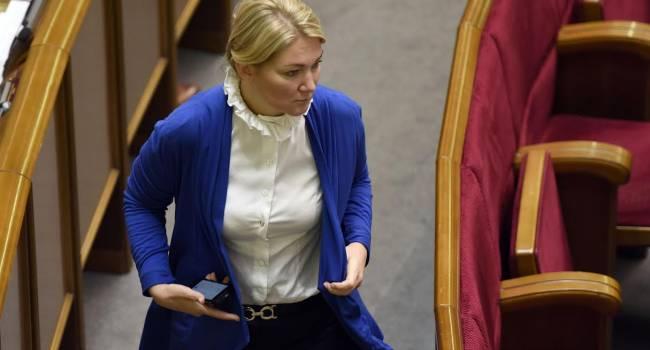 «Это ползучий реванш»: Ионова заявила - ей страшно из-за того, что такие люди, как Бабиков сегодня находятся на руководящих должностях