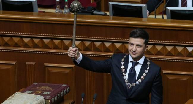 Блогер: Зеленский начинает понимать – или он станет «националистом», или булава отправит его в Ростов