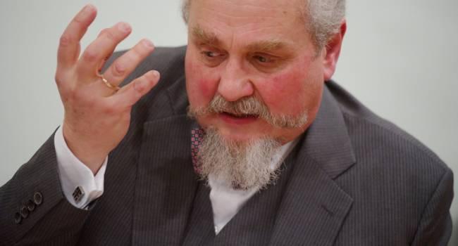 Зубов: Кремль не готовит новую войну, поскольку она российской власти не нужна. Курс взят на полную диктатуру ВЧК-ФСБ внутри страны