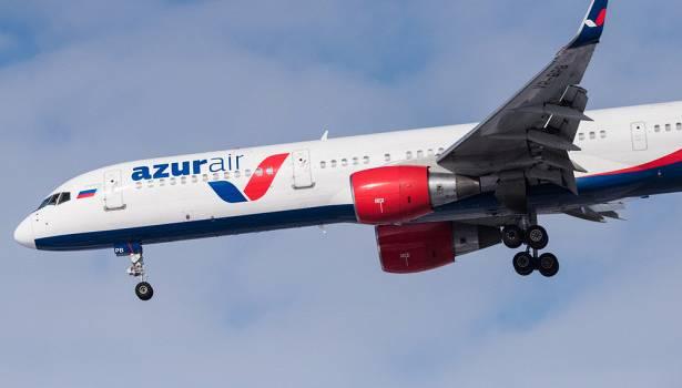«В сумке бомба, спецназ и пробка из лайнеров»: Самолет рейсом Крым – Москва хочет взорвать женщина