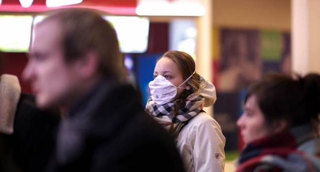 Маски не помогут: пульмонолог рассказала, почему здоровым людям нет смысла одевать маски, спасаясь от коронавируса