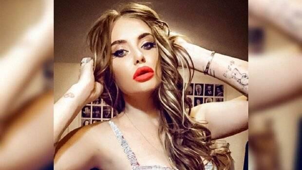 «Стильная крошка»: Слава Каминская показала свою модницу-дочь, сеть просто без ума