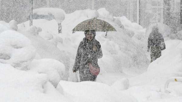 Грядет новый снежный шторм: украинцев предупредили о непогоде