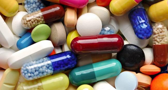 «Некоторые препараты просто неэффективны,»: Врач объяснил, какие популярные  лекарства на самом деле не способны справиться ни с простудой, ни с гриппом