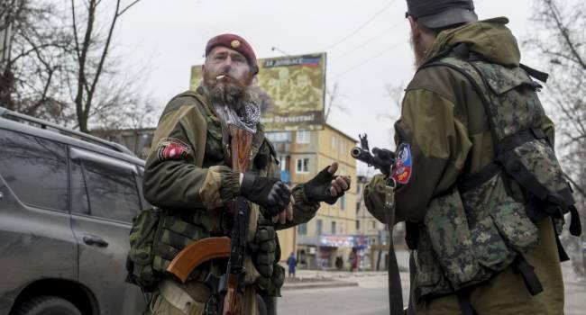 «Сгорел дотла»: Под Углегорском «Урал» РФ наехал на мину, как минимум семь «двухсотых»