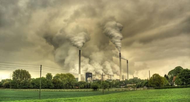 Этого вы можете избежать: ученые заявили, что загрязнение воздуха намного опаснее курения
