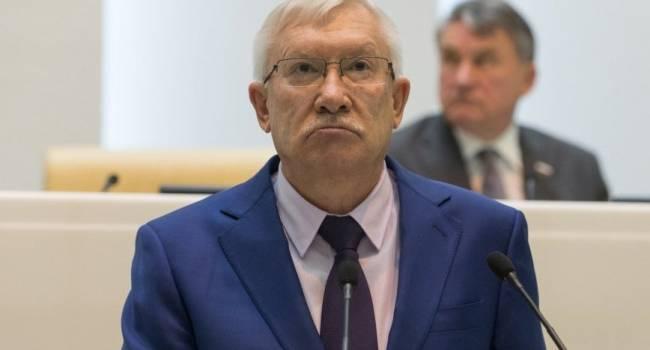 «Ни дня простоя»: российский сенатор заявил, что Украина подбрасывает дрова в костер конфликта с Москвой