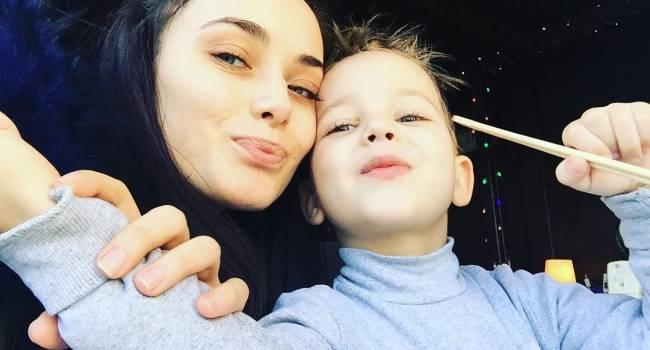 «Социум отчасти диктует своё»: Ксения Мишина поведала о трудностях, связанных с воспитанием сына