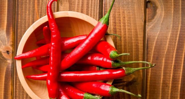 «Перец чили и зеленые продукты»: Как ускорить метаболизм