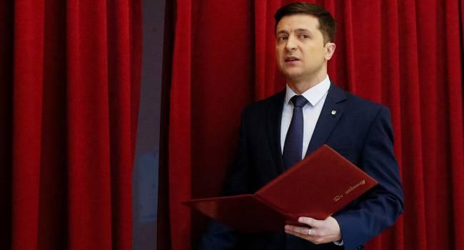 Головачев: Объяснить тот факт, что беспомощному Зеленскому доверяют 49 процентов украинцев можно только когнитивным диссонансом у этих людей