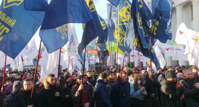 «Требуем референдума по рынку земли»: представители «Национального корпуса напомнили Зеленскому о его обещаниях