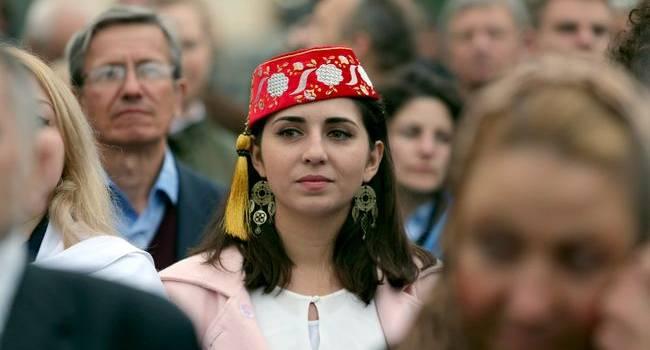 Банальный саботаж: у Зеленского передумали предоставлять автономию крымским татарам