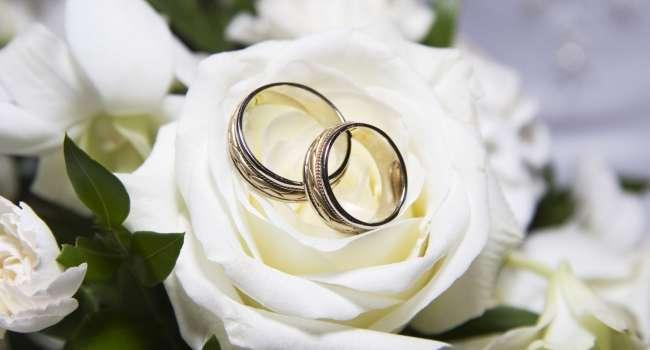 Очень красивая дата: стало известно, сколько браков зарегистрировали в Украине 2 февраля