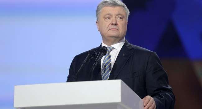 У Порошенко есть шанс снова стать президентом, нужно лишь дождаться, пока ситуация изменится, – журналист