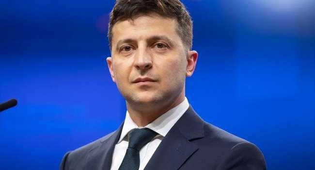 «Чем дольше будут его принимать»: политолог объяснил, из-за чего может рухнуть рейтинг Зеленского