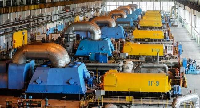 «Восстановить невозможно»: политолог прокомментировал заявление Дубинского о потере украинской промышленности