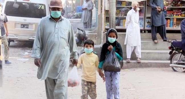 «Источник до сих пор не найден»: В Пакистане токсичным газом отравились 650 человек, много погибших