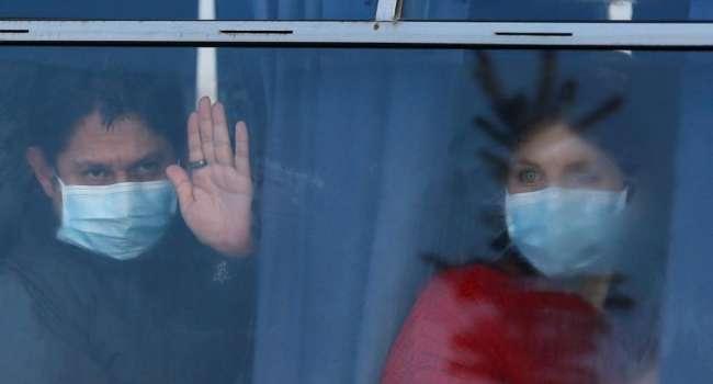 «На Донбассе людей нет - говорили они. Это среди вас нет людей»: после инцидента с эвакуированными Скубченко заявил, что ему стыдно делить страну с некоторыми украинцами