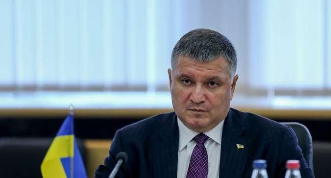 Богданов: ситуация «Зеленский и коронавирус» очень напоминает ситуацию «Порошенко и депортация Саакашвили»