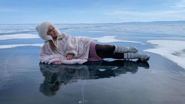 Подальше от коронавируса: Барановская забрала детей и уехала на Байкал