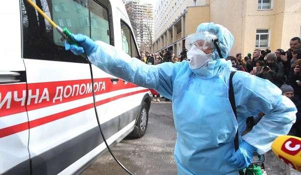 В Донецкой области госпитализировали женщину с симптомами коронавируса