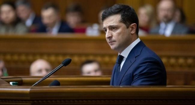 Нусс: кроме самого Зеленского идею введения в Украине режима чрезвычайного положения поддерживают в «ОПЗЖ»