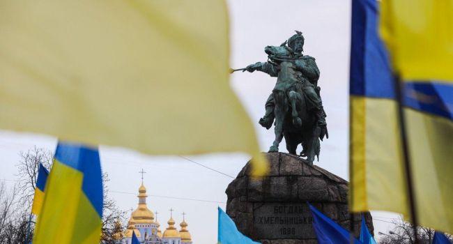 Бизнесмен: на фоне общемирового экономического кризиса украинская экономика в ее нынешнем виде не имеет шансов выжить