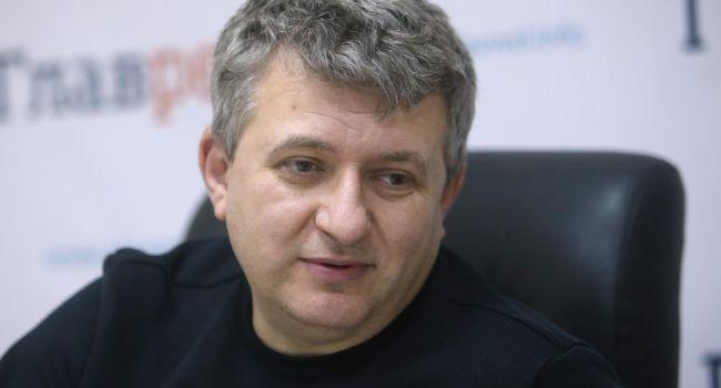 Романенко: В Украине сейчас кризис в столь острой форме потому, что в 2014 году всех тварей не раздавили окончательно