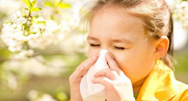 «Весна пришла аллергию нам принесла»: Врачи назвали популярные методы лечения аллергии