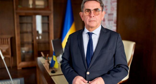 «Не шучу и не пугаю»: Илья Емец рассказал, кого в Украине будут лечить от Covid-19 в первую очередь