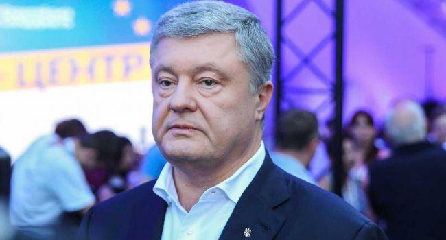 «Спасибо твоей Супрунше, это она медицину на колени поставила»: Петр Порошенко заявил, что украинским врачам не хватает масок