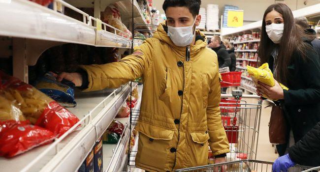 «Развлекайтесь, делайте себе блинчики»: Комаровский назвал продукты, которыми нужно запастись во время карантина