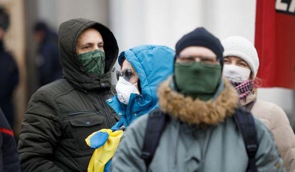 За сутки в двух областях Украины зафиксировали свыше 30 случаев коронавируса