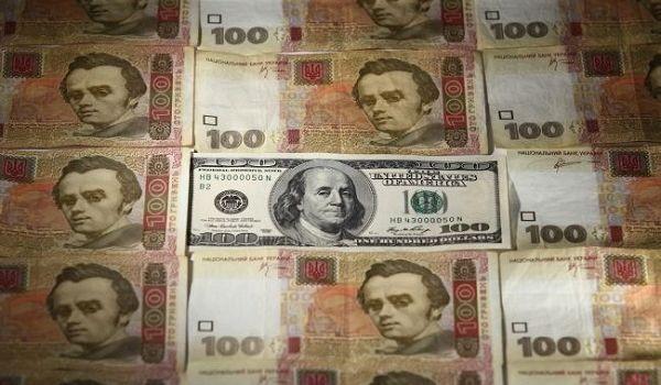 Курс доллара в скором времени может пробить новую отметку – аналитик