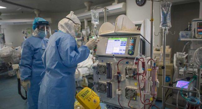 «Умерли еще почти тысяча»: Количество умерших и выздоровевших от коронавируса в Италии почти сравнялось