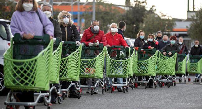 «Не осталось ни евро»: итальянцы начали массово жаловаться на голод